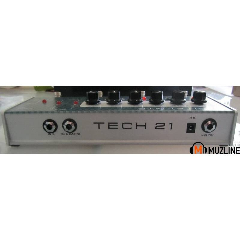 Гитарная педаль Tech 21 Character Series VT Bass Deluxe